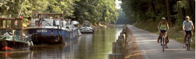 Vía verde junto a canal