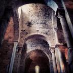 Un poblat, un monestir i un castell. Ruta pel Romànic empordanès