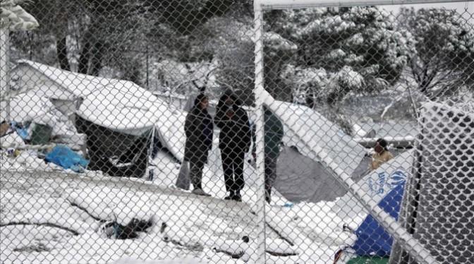 campamento-refugiados-moria-lesbos-completamente-nevado-1483955307138